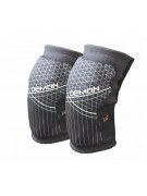 DemonDS5514KneeGuardsSoftCapProXD30 because they are the ultimate in knee protection and have been designed specifically with snowboarding and skiing in mind.